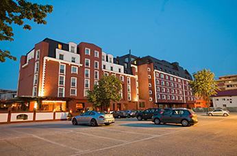 HOTEL RAMADA NORTH